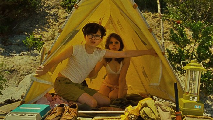 sam_with_suzy_tent